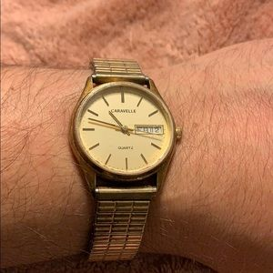 Caravelle by Bulova Gold colored watch VINTAGE